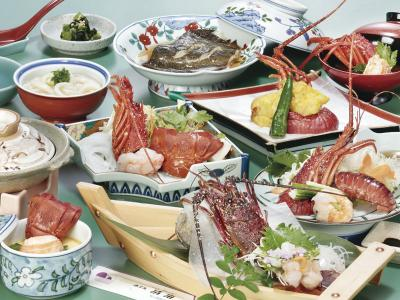Course meal of Ise lobster